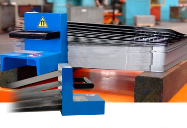 Magnetic sheet-metal separators